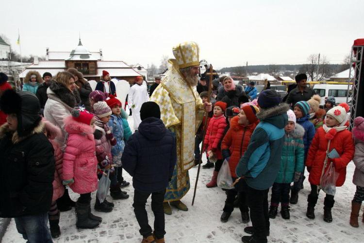 Святой Николай чигирин резеденция подарки празник дети