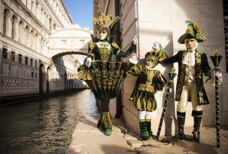 Венецианский карнавал, украинка, победительница, костюмы
