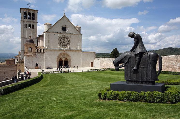 фишки дня - 4 октября, базилика Франциска Ассизского