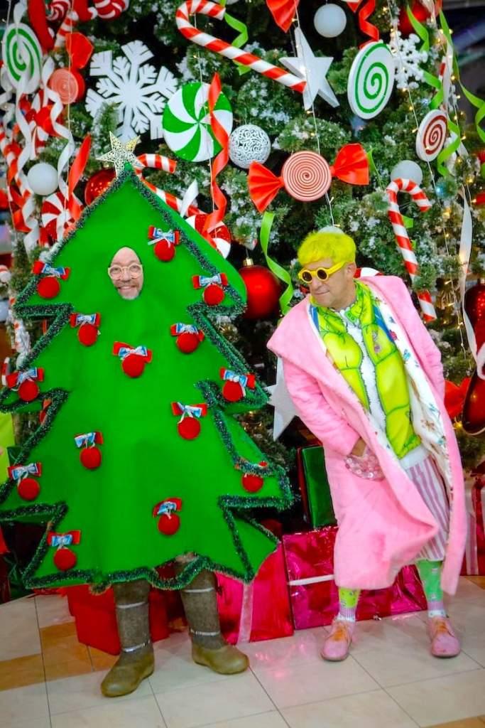 костюмированный парад Санта Клаусов, Гарик Корогодский, Александр Меламуд