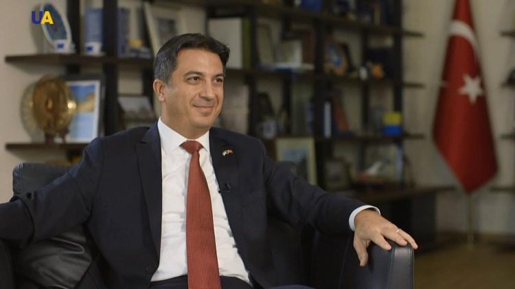 Чрезвычайный и Полномочный Посол Турецкой Республики в Украине И.В. Ягмур Ахмет ГЮЛЬДЕРЕ