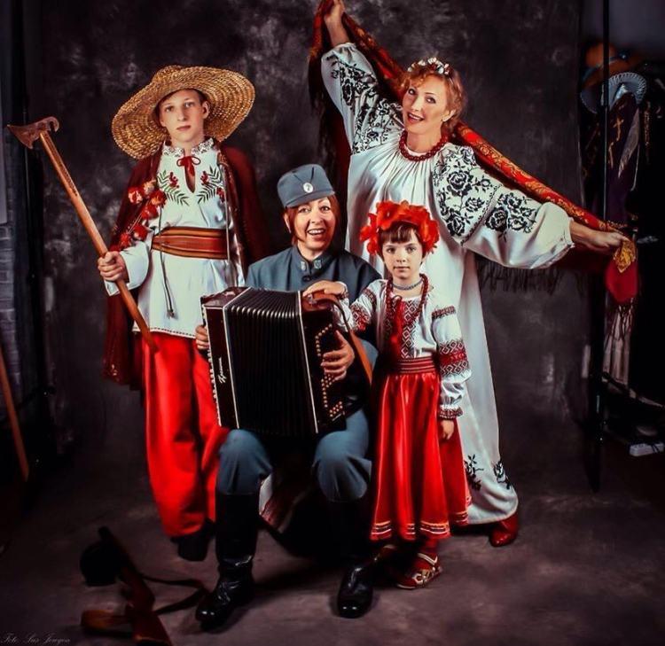 вышиванка, семья, Анжелина Швачка