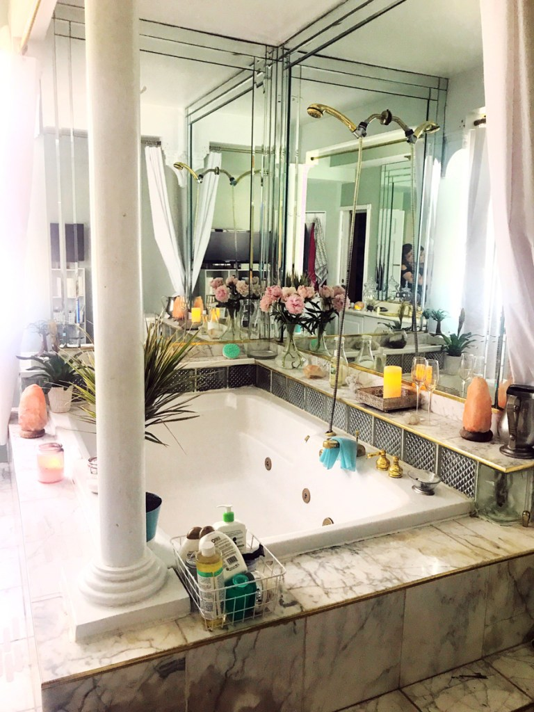 tips for creating a bath ritual. goals for creating a perfect, cozy bath space