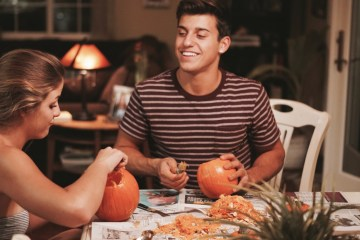 things to do with your significant other for halloween