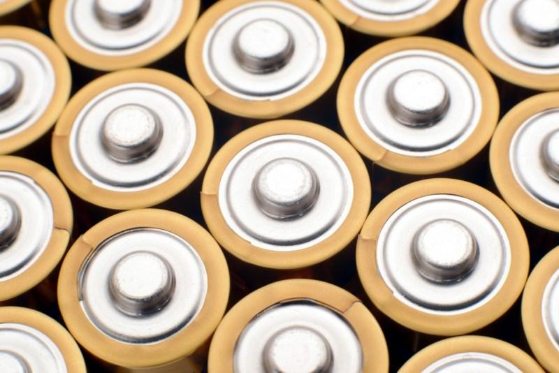 スマホのバッテリーを長持ちさせる方法 ウソ?ホント?