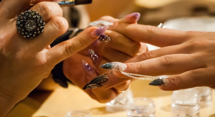 get the perfect manicure featured