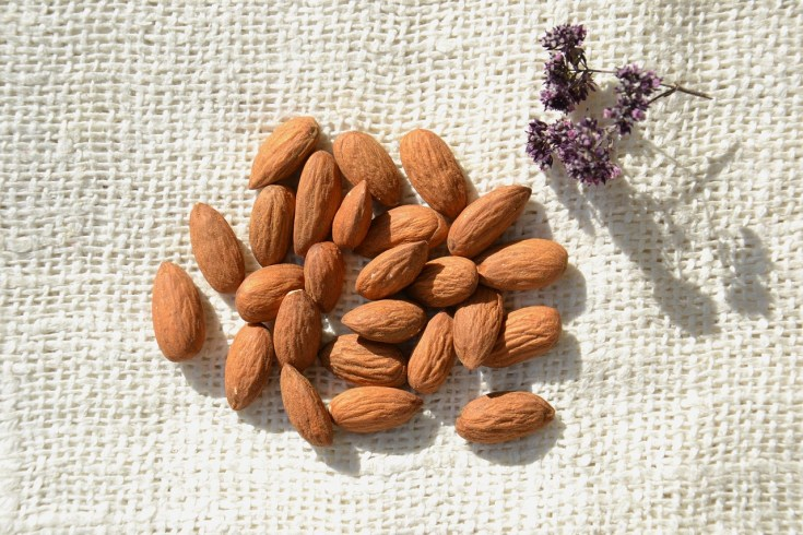 reduce wrinkles with almond oil