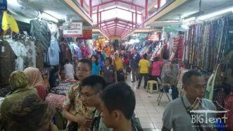 Batik market