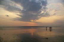 Kuta beach colors