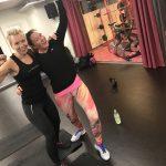Rosa träning för kampen mot bröstcancer