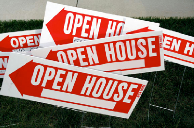 open-house-signs