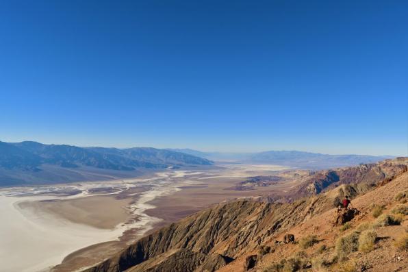 Somewhere in the desert (2)