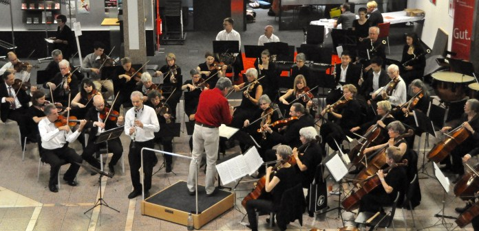 Concert in Sparkasse, Lörrach