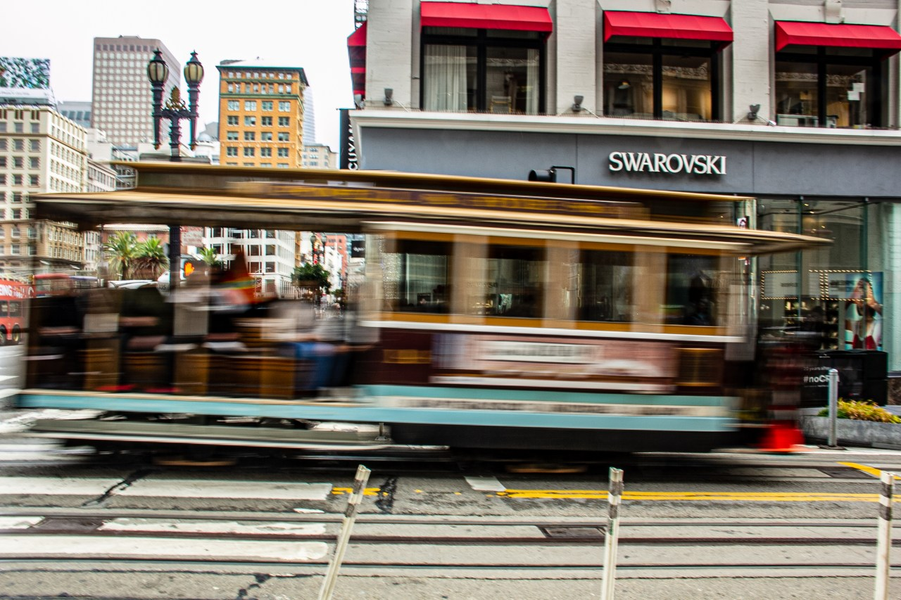 Cable Car blur