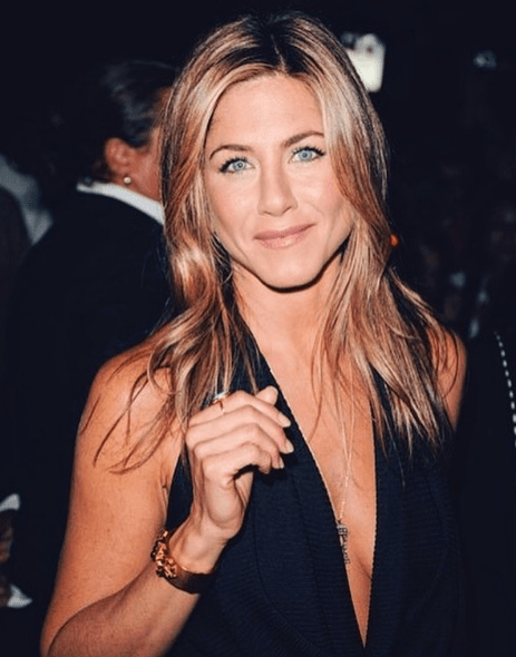 Top 5 Celebrities Who Look Great Over Age 45 15