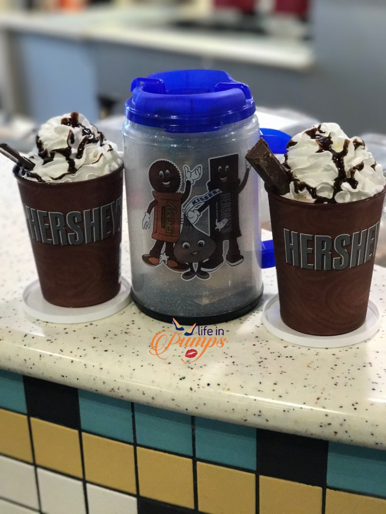 drinks at Chocolate world Hersheypark - Life in Pumps