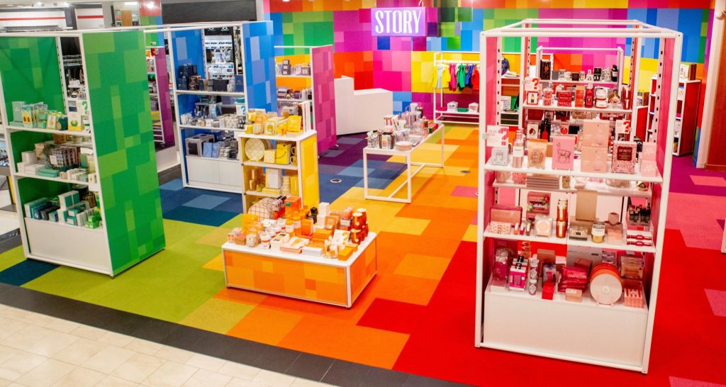 Let Macy's Bring Some Color to Your Life 1