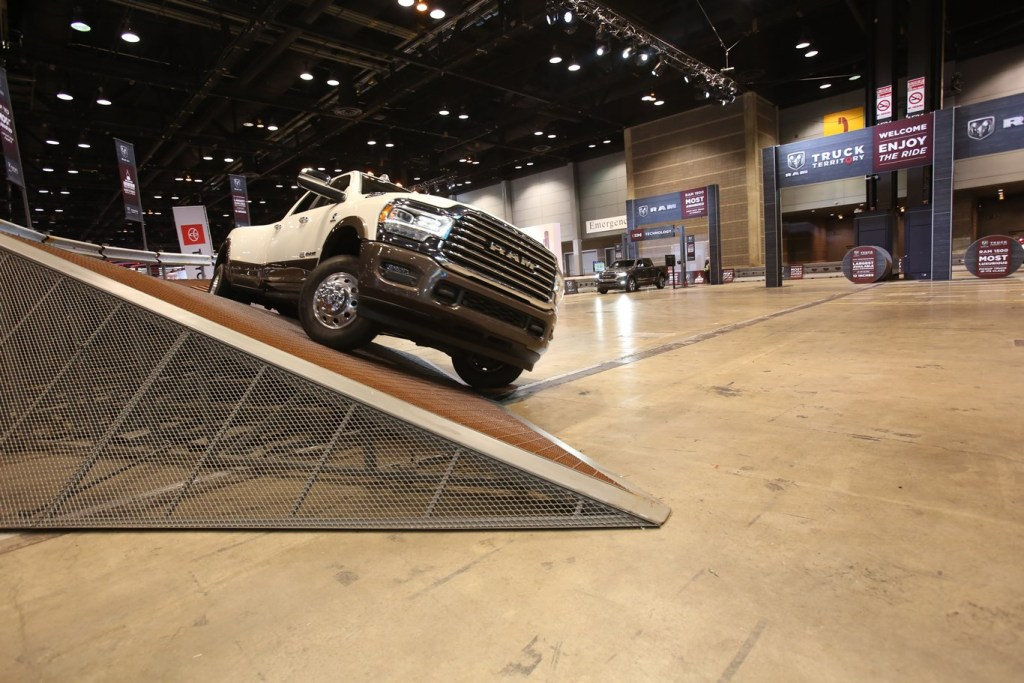Five Experiences Not to Miss at the Chicago Auto Show 2