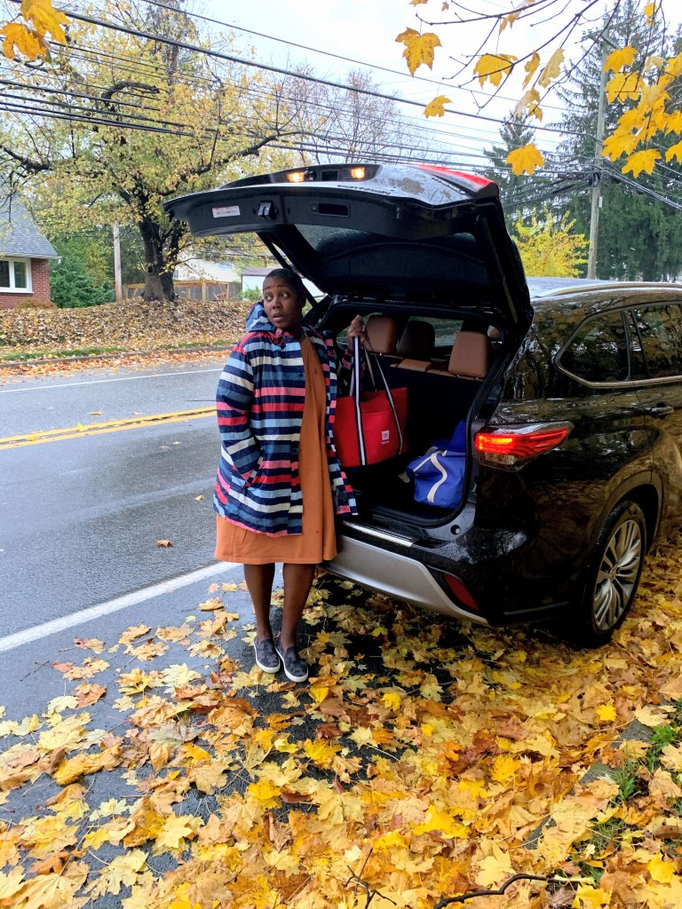 blessing bras delivery in the Toyota Highlander for world kindness day 2020