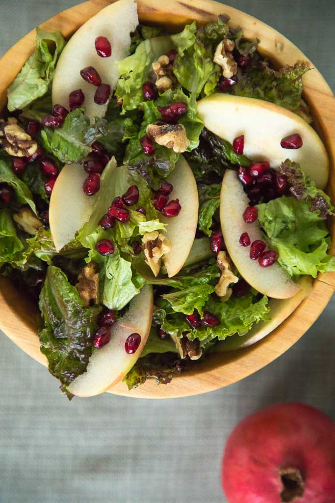 Green Salad with Apples, Pomegranate Seeds and Maple Dressing