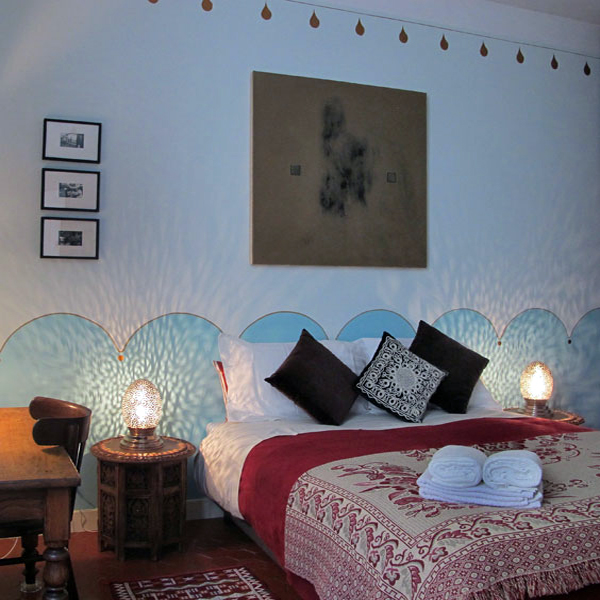 Arles_Gauguin_Room_600x600