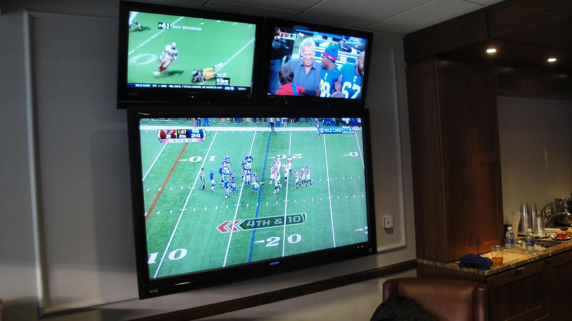 Multiple Tv In Living Room
