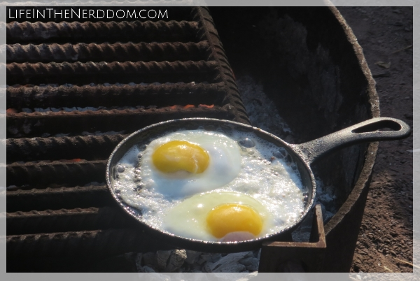 Breakfast Ideas for Camping at LifeInTheNerddom.com