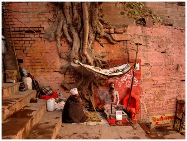 Boat Ride Varanasi Sadhu