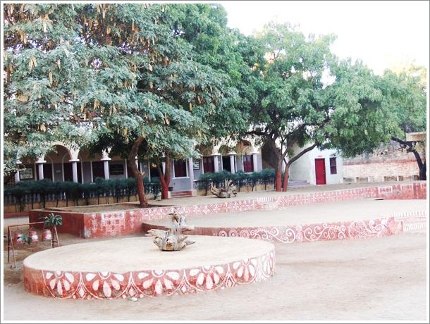 Devpur Homestay Devpar School