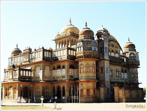 Gorgeous Vijay Vilas Palace, Mandvi,India