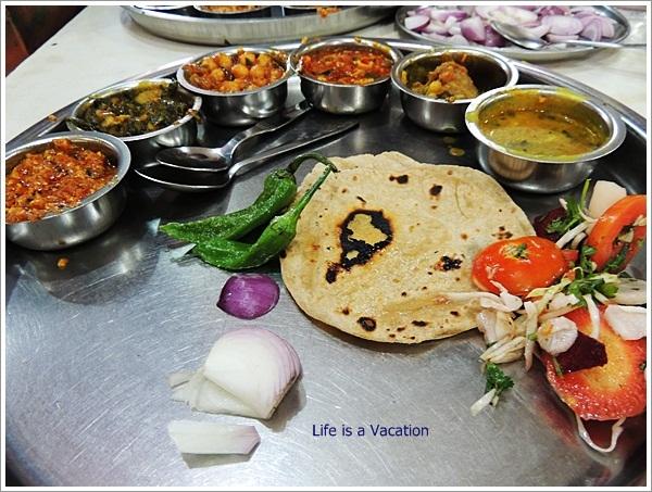 Mandvi Trip Osho Restaurant