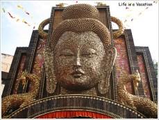 Kolkata Pandal Tridhara12