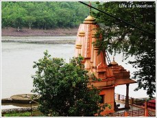 Omkareshwar Parikrama- Temple