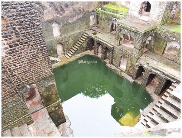 Mandu Ruins Ujala Baodi