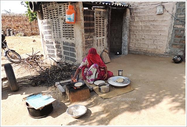 Making Indian Roti -Jodhpur Bishnoi Village Tour Food
