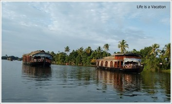 Boatride Backwaters Kerala Alleppey