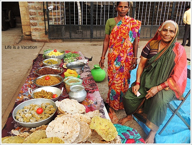 North-Karnataka-Temple-Food-Stall-Mahakuta