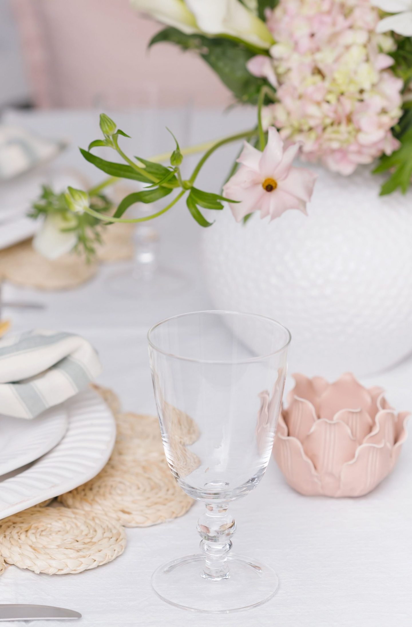 Fresh and Floral Spring Table