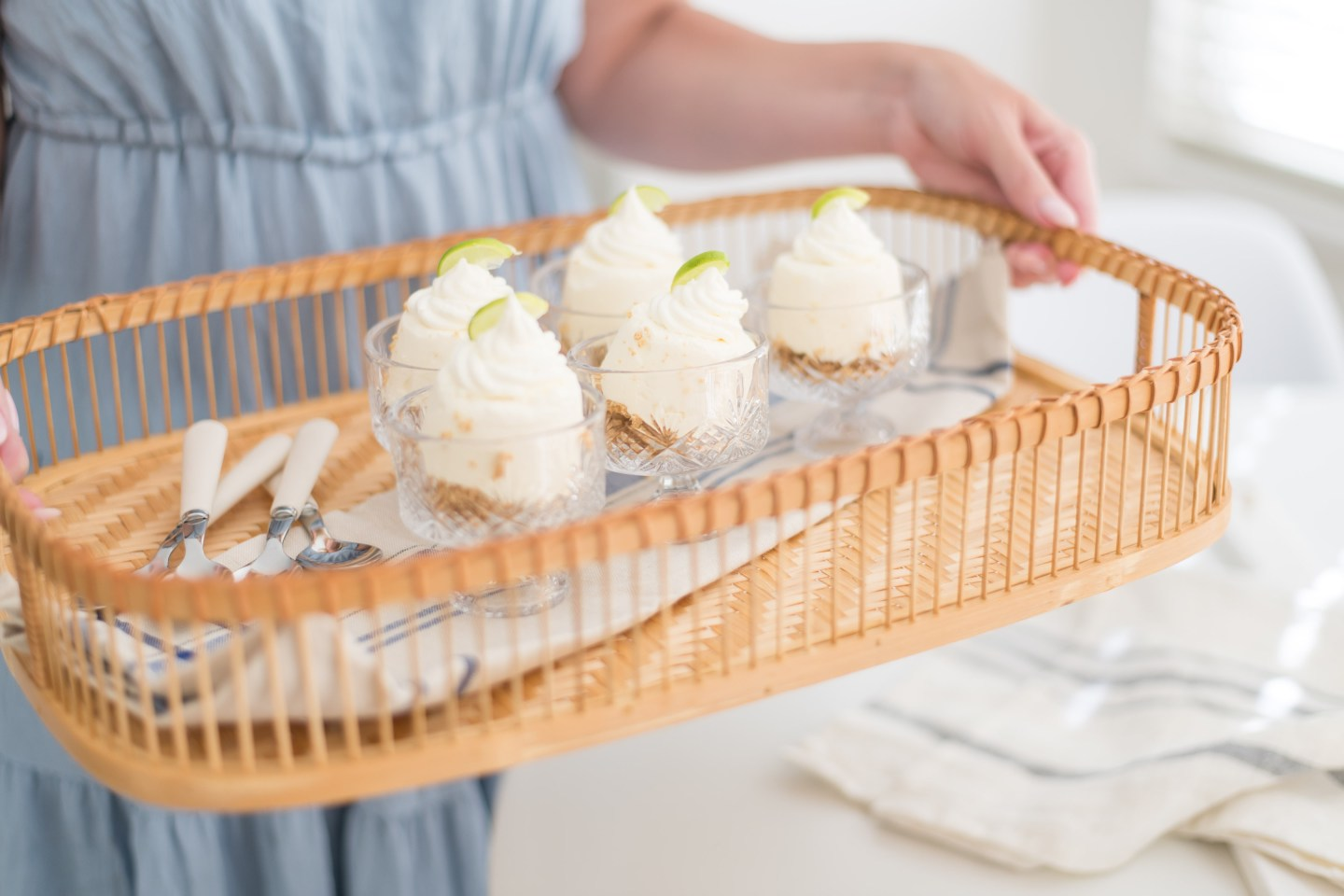Frozen Mini Key Lime Pies: Easy and Delicious