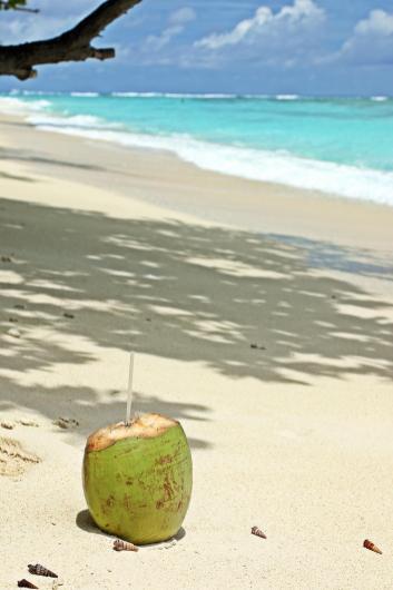 Der Strand von Silhouette. Wie auf einer Postkarte.