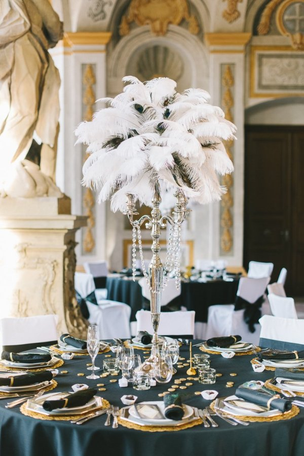 Great Gatsby Theme Wedding Guest Seating Ideas