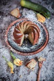 Zucchini-Haselnuss-Kuchen