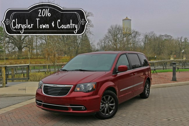 2016-town-and-country-chrysler-cover