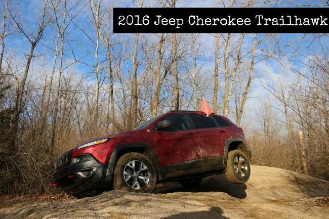 jeep-cherokee-trailhawk-2016-cover-photo