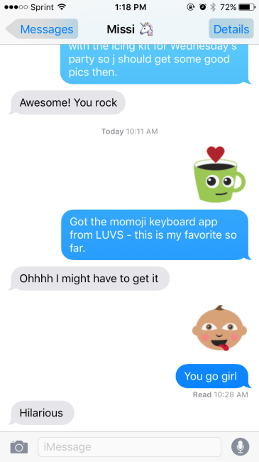 momoji texting