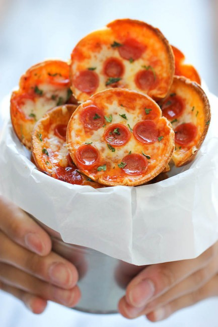 mini deep dish pizza