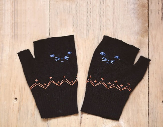 Kitten Gloves