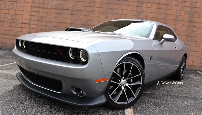 2016-dodge-challenger-scat-pack-shaker-review-uconnect-features-13