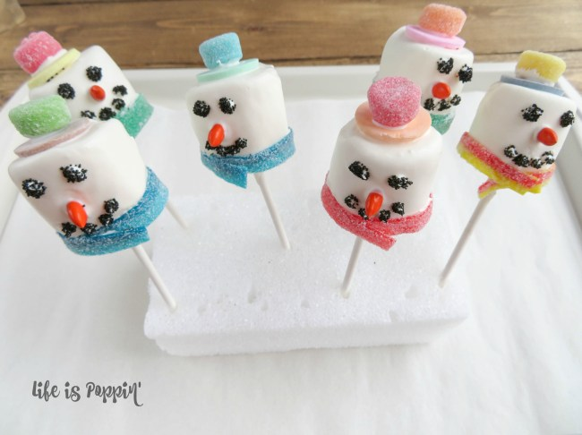 Snowman easy cake pops finished