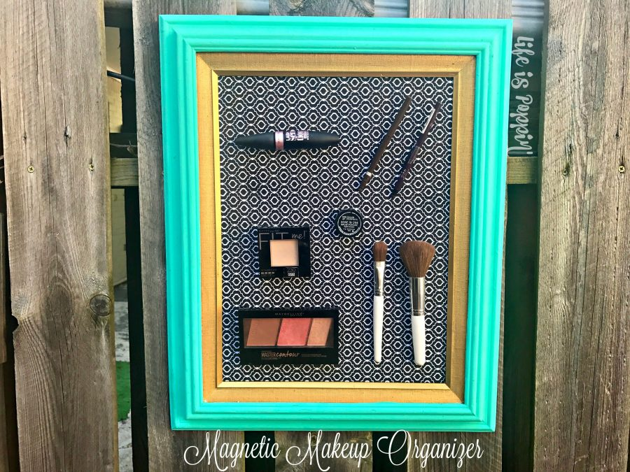 Magnetic-makeup-organizer-DIY